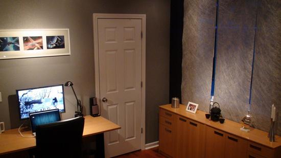Balcao No Quarto ~ Homeoffice no quarto, com uma escrivaninha e um balc u00e3o para apartamentos pequenos
